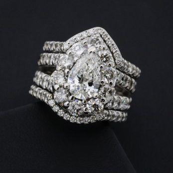 Anillo de diamantes y oro