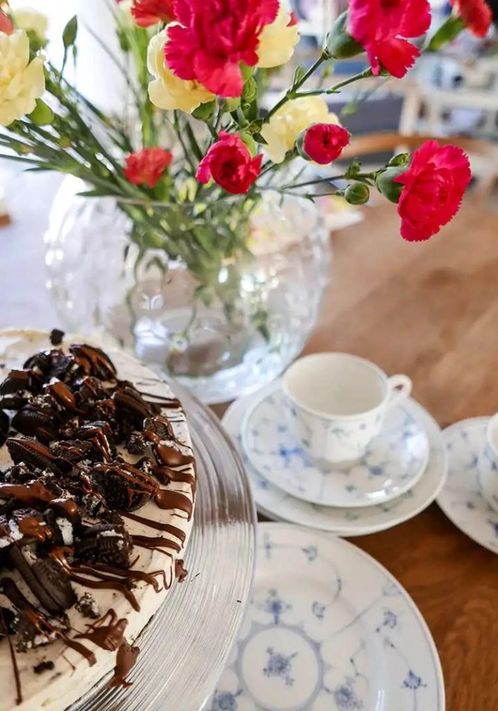 Oreo cheesecake med blommor