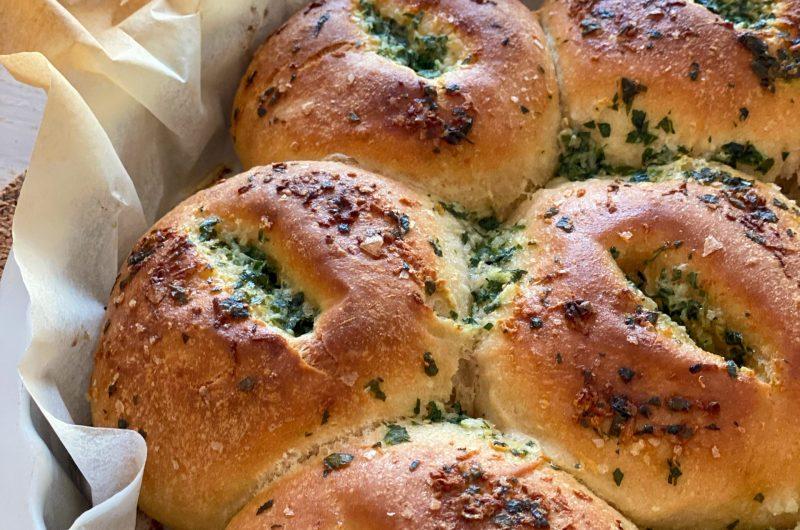Brytbröd med persilja och vitlök
