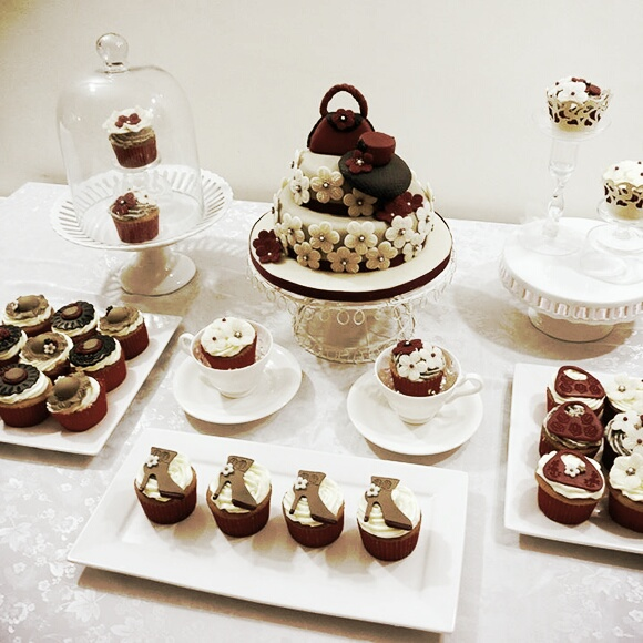 Classic Cakes & Cupcakes For Ladies