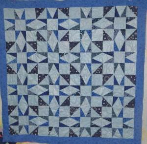 P1000708 go quilt hanging
