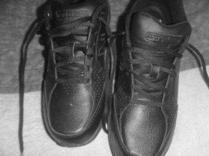 P1020250 Black walking shoes