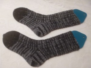 P1020334 greyblack socks