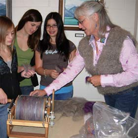 Mikie carding wool for spinning