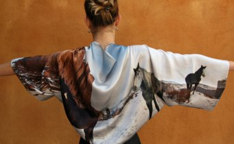 Estola-bolero en raso de seda estmpada a medida con foto Fibra Creativa