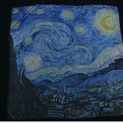 Van Gigh Nuit étoilée foulard soie