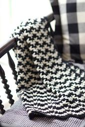 chevron-crochet-baby-blanket