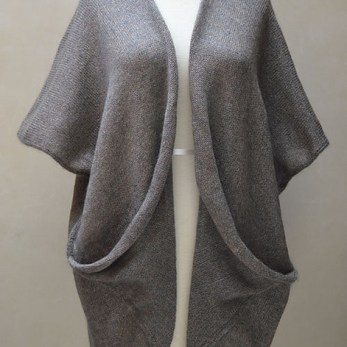 Oritatami Vest, Kinu and Washi (© 2014 Tutto Santa Fe and Onanoko)