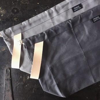 fringe_field_bag_charcoal-vs-grey