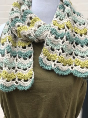 6.26 crochet cowl close up