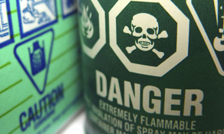 7 Toxic Everyday Products That Can Worsen Fibromyalgia
