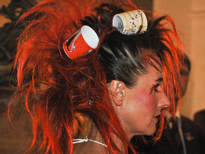 Ausgeflippte Frisuren Frauen – Moderne Frisuren