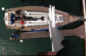 Mast inspection during pre-purchase survey