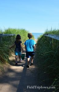 Duluth Minnesota Park Point Beach - Weekend Guide to the North Shore with Kids
