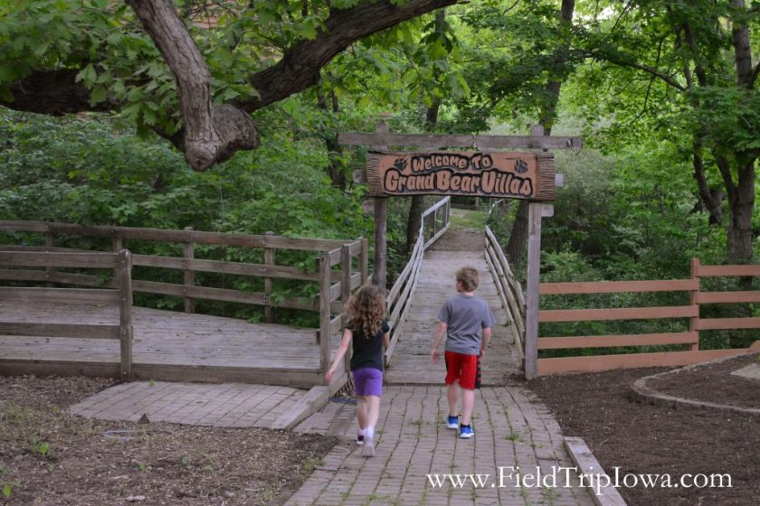 Children walking on board walk at Grizzly Jack's Grand Bear Resort and Indoor Waterpark in Utica, IL