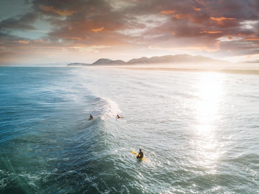ocean tides rising