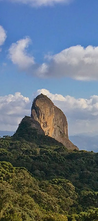 Brazil-Mantiqueira-Mountains-Pedra-do-Bau-panel-200px