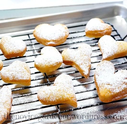heart shaped beignet donuts