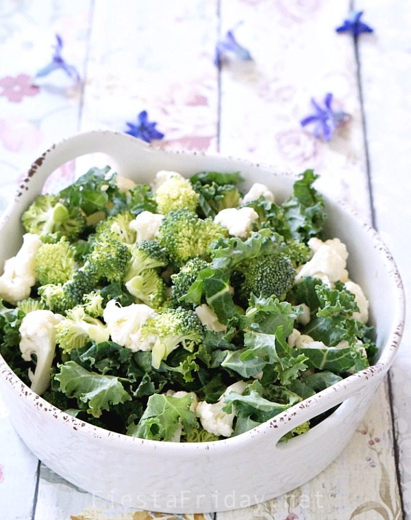 broccoli cauliflower kale salad | fiestafriday.net