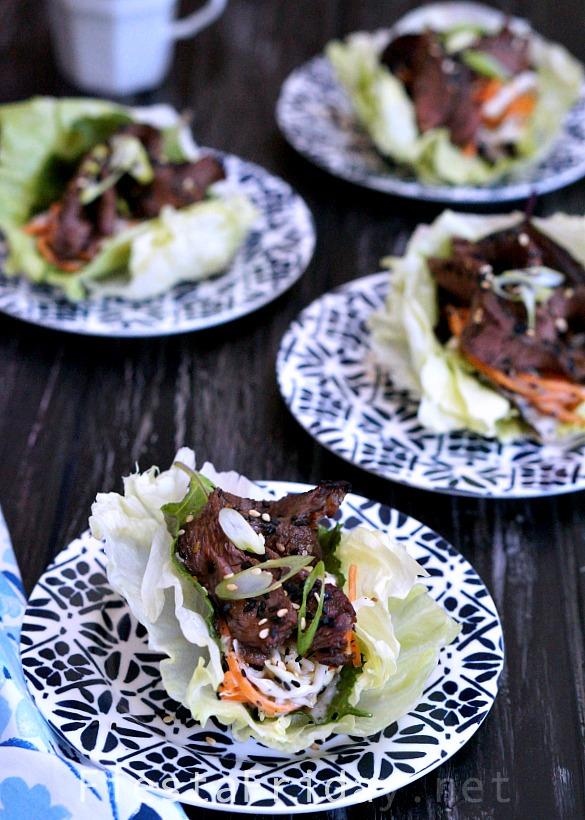 steak and slaw lettuce cups | fiestafriday.net