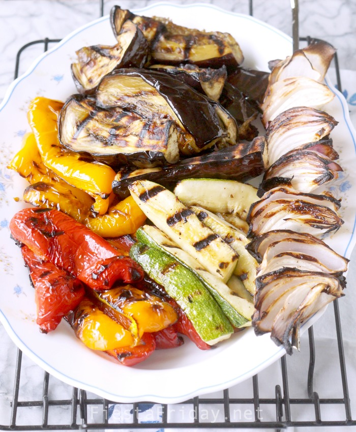 Grilled Vegetables | Learn how to grill vegetables like a pro #fiestafriday #protips #cleaneating #healthy #recipe #lowcarb #mediterraneandiet #vegetables #grilling