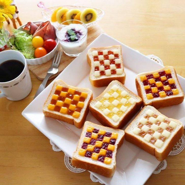 Desayunos divertidos con mermelada y mantequilla  Fiestas