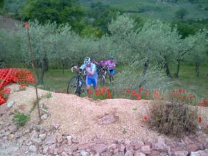 11juni2012_1_Foligno, ze zeiden al, een zware etappe