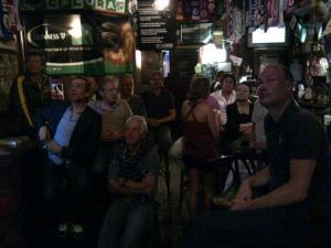 13juni2012_5_In een Irish pub naar de wedstrijd kijken