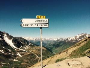 Juni 4, 2015 Op de top van de Tourmalet, zou Lourdes helpen? (3)