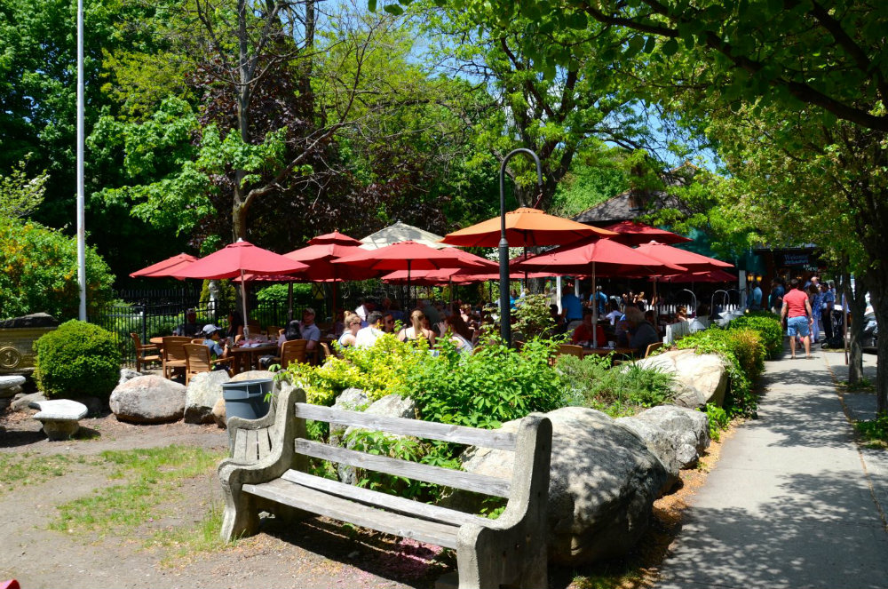 Lunch at the Depot in Cold Spring, NY.