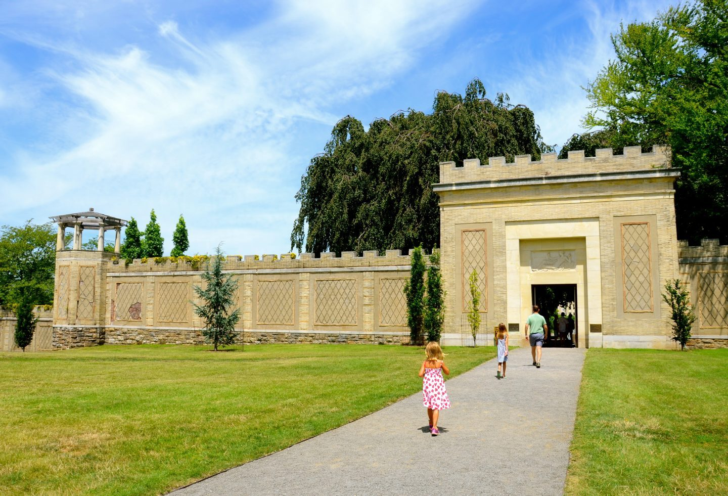 Walking into the entrance of Untermyer Park and Gardens.