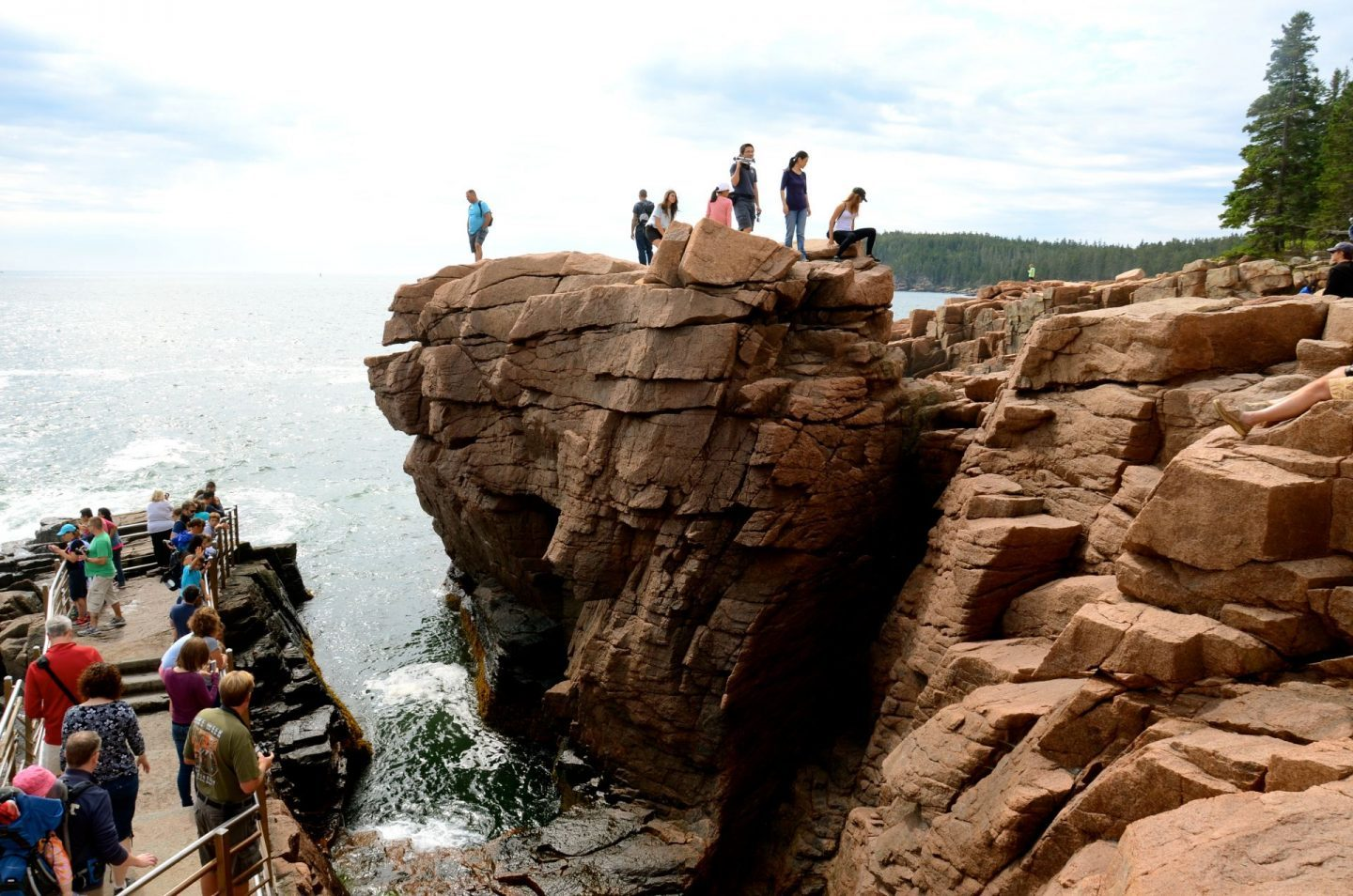 Discovering the majestic Thunder Hole at Acadia National Park.