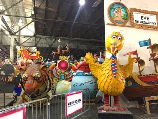 mardi-gras-world-big-bird-
