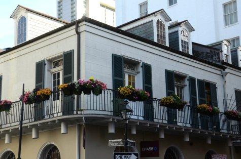 balcony-new-orleans-