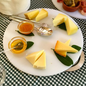 Delicious food in Tuscany