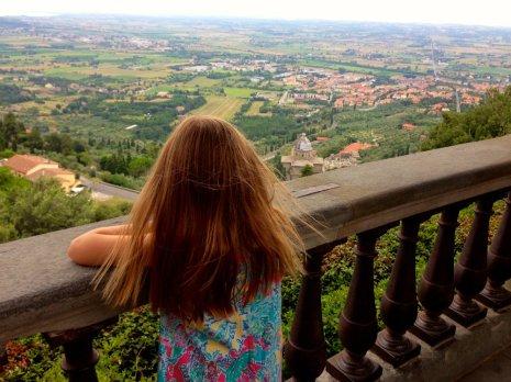 cortona-tuscany-view-