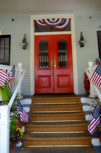 Cape-May-stoop-