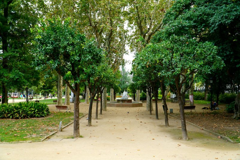 Parc Ciutedella in Barcelona on family vacation