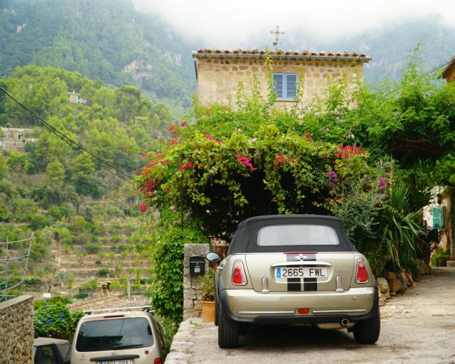 Mallorca-Deia-little-house-