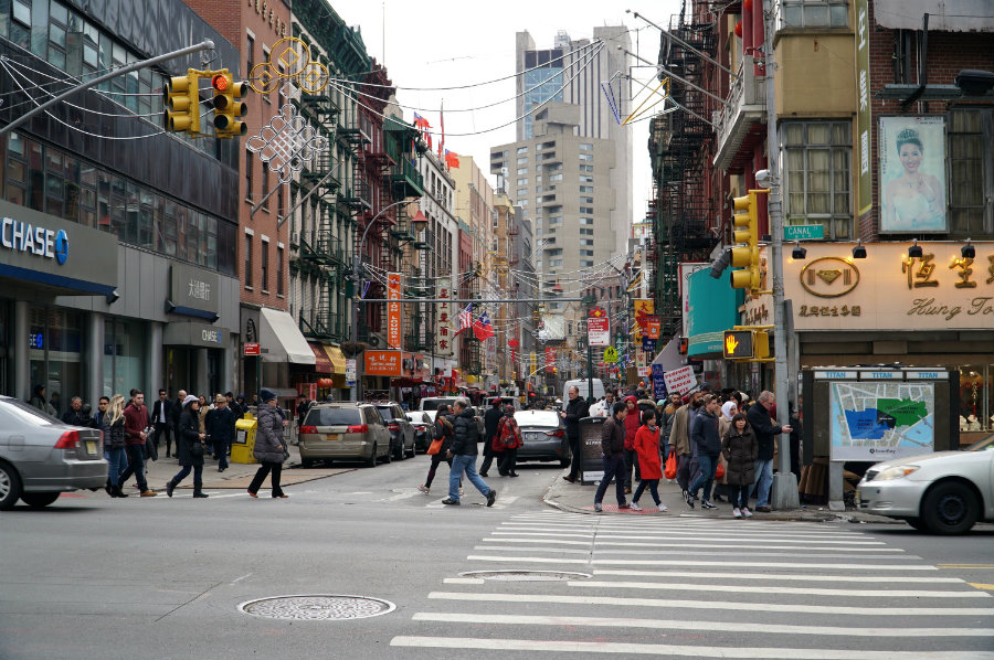 Fun 1 Day NYC Itinerary: A Visit to the Lower East Side Tenement Museum + Exploring Chinatown