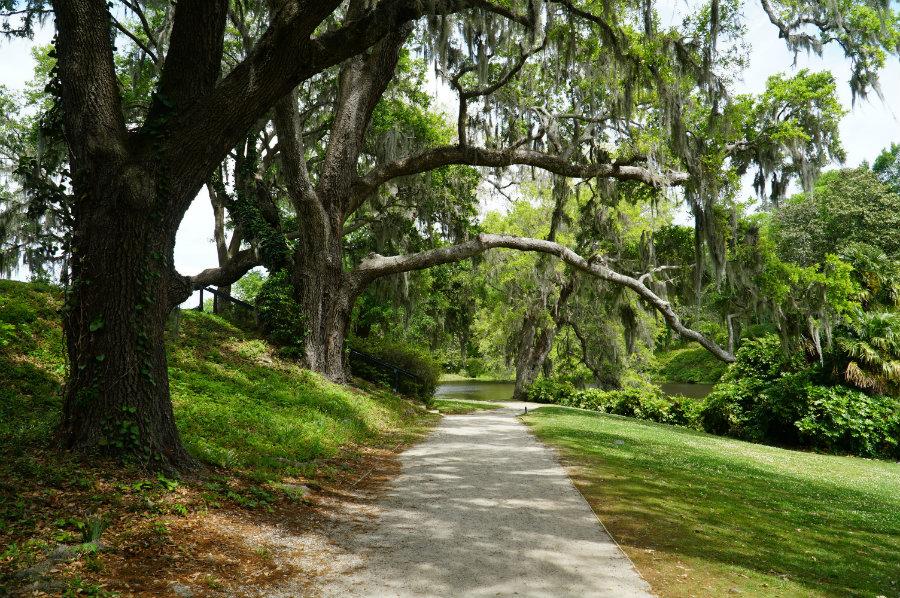 A tour of Middleton Plantation in Charleston, SC on our Charleston Getaway