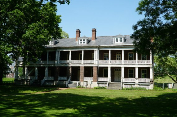 Governors-Island-NYC-housing