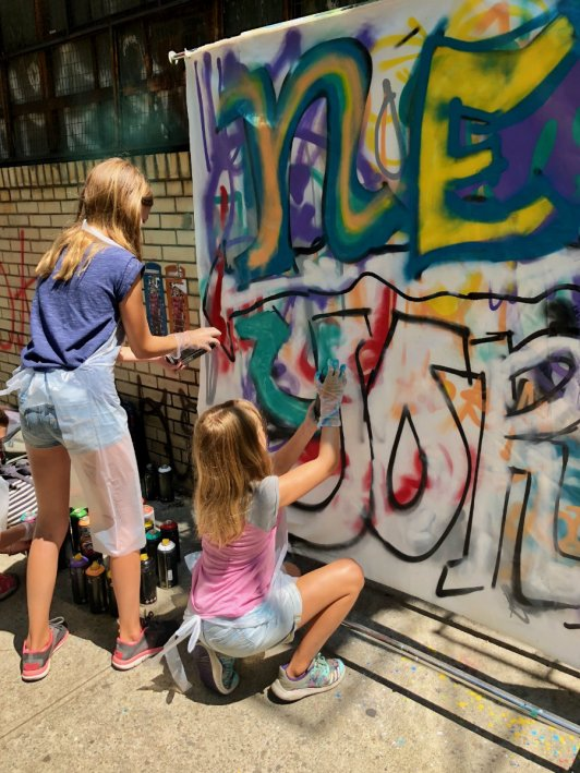 Girls getting into the Brooklyn graffiti workshop with Brooklyn Unplugged