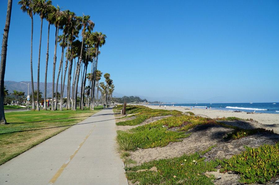 Santa Barbara with kids, biking Cabrillo boulevard