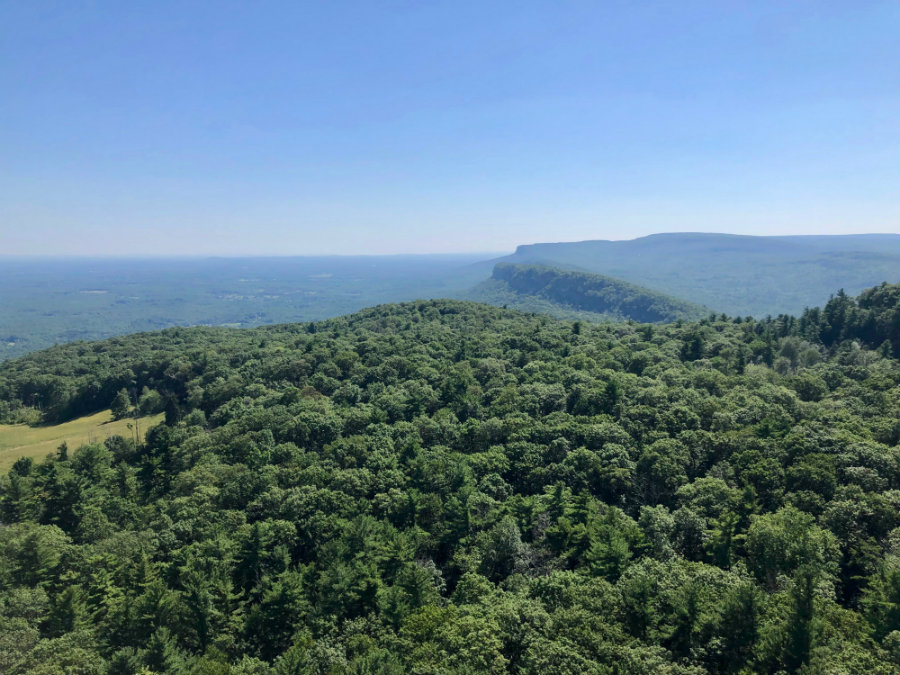 Hiking the Sky Top trail at Mohonk Mountain House