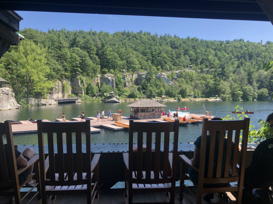 Mohonk-Mountain-day-pass-tea-time