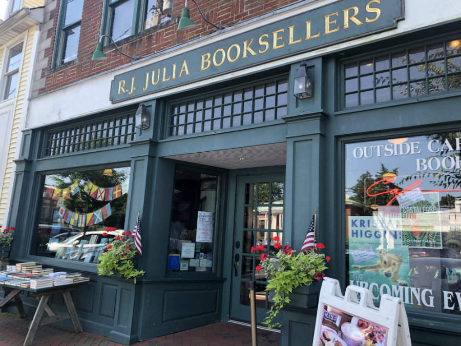 Bookstore in Madison CT