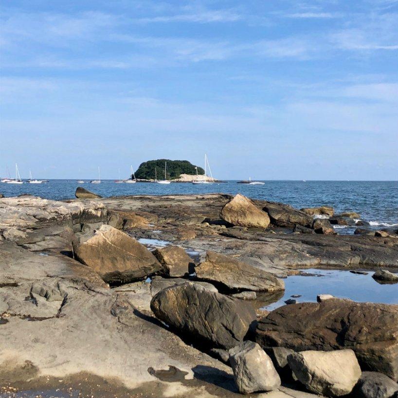 Madison-CT-rocky-shoreline