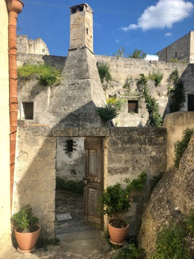 Things to do in Matera, walk around the Sassi