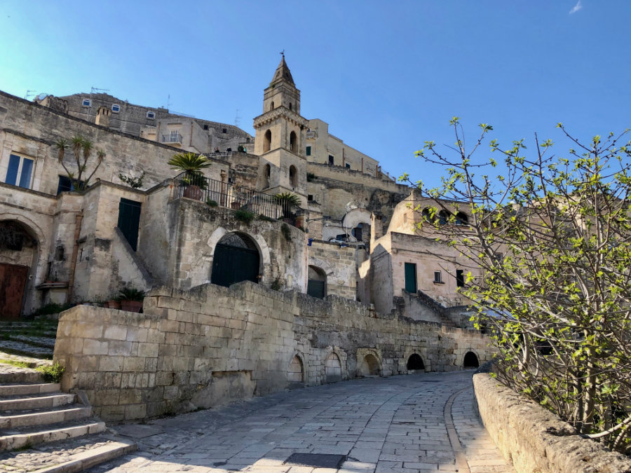 Walking around the Sassi in Matera Italy